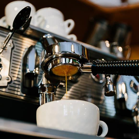 FIRSTCRACK Kaffeeröster Berlin - Handgerösteter Kaffee und Espresso